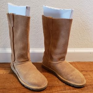 Uggs Perforated